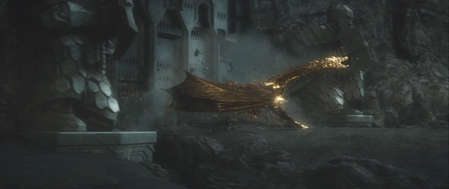Erebor gate with golden Smaug 2