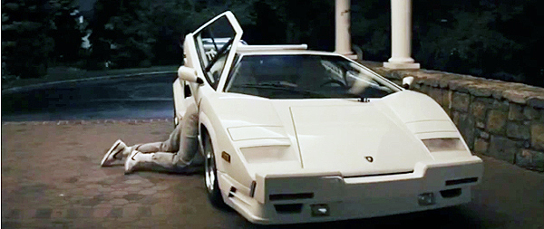 lamborghini countach in wolf of wall street the wolf of wall street directors wrecked a real. Black Bedroom Furniture Sets. Home Design Ideas