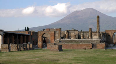 pompeii-and-vesuvio-400.jpg